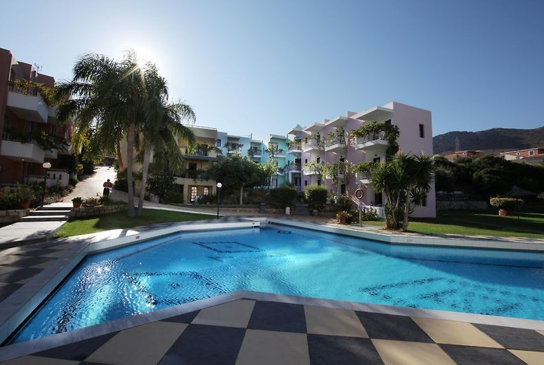 Bellos Apartments Hersonissos Crete